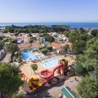 Photos aériennes ou film réalisé par drone pour camping, club de vacances